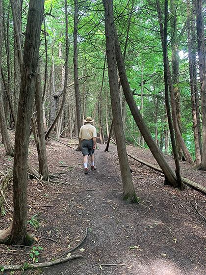 Hiking0895Web